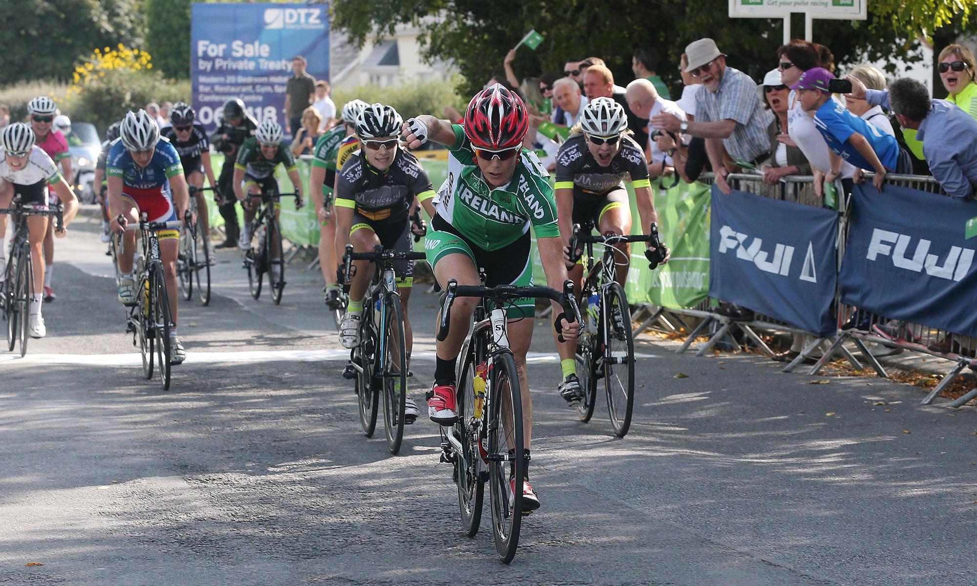 2014 Rás na mBan Stage 4 finish - Olivia Dillon